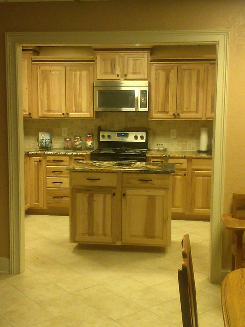 195 rustic yellow kitchen design ideas remodel pictures for Rustic yellow kitchen
