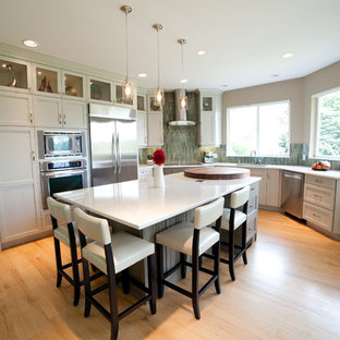 Eat In Kitchen Huge Contemporary U Shaped Light Wood Floor And Beige