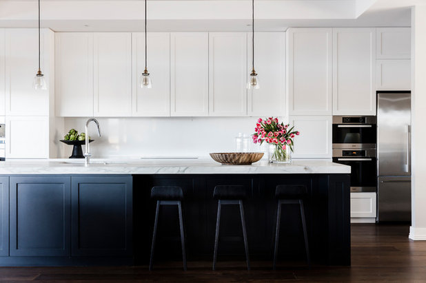 white kitchen cabinets no handles houzz tour waterfront retreat brings the hamptons home to 28859