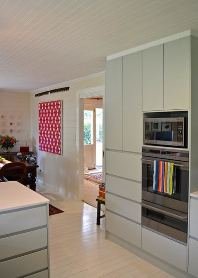 Country Kitchen by Luci.D Interiors