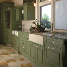 Traditional Kitchen by Tervola Designs