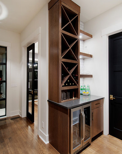 Large walk in pantry home design ideas pictures remodel for Large walk in pantry