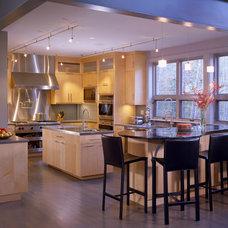 Contemporary Kitchen by Siemasko + Verbridge