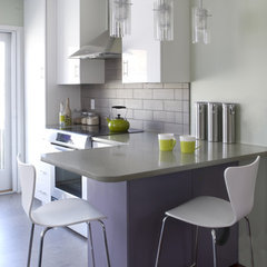 modern kitchen by Jodi Feinhor-Dennis