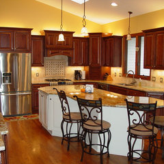 traditional kitchen by Kitchen & Bath, Etc.