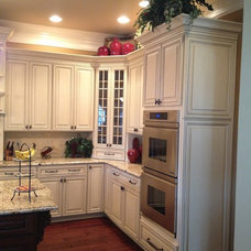 Traditional Kitchen by Knoxville's Stone Interiors