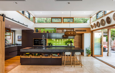 Room of the Week: A Gloriously Open Kitchen in Byron Bay