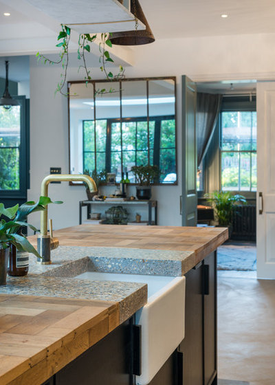 Industrial Kitchen by ALL & NXTHING