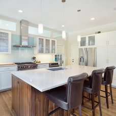 Contemporary Kitchen by RDM Architecture