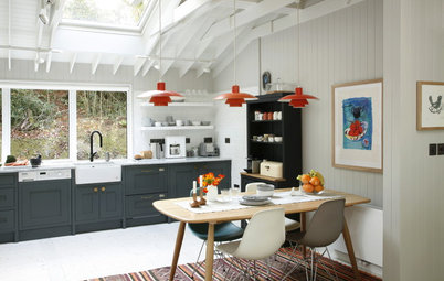 Houzz Tour: A Light and Airy Lakeside Cabin
