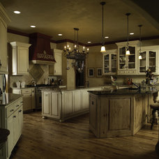 traditional kitchen cabinets by Monticello Cabinets & Doors