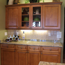 Traditional Kitchen by Best Kitchen Cabinet Refacing of Naples
