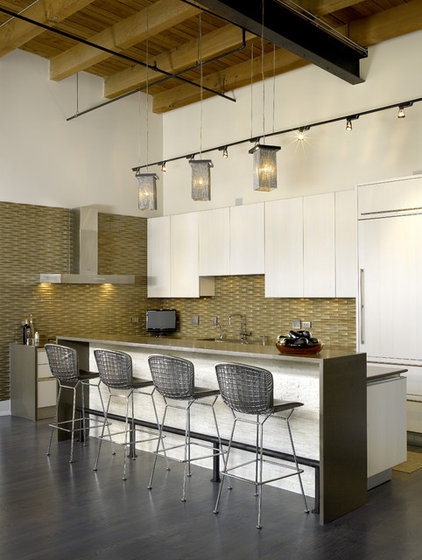 Contemporary Kitchen by Studio Snaidero Chicago