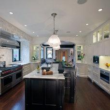 Transitional Kitchen by Stoneshop