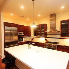 Modern Kitchen by Dostie Homes