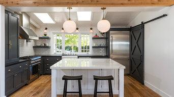 California Beach Cottage Kitchen