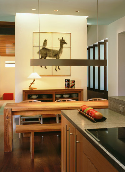 Modern Kitchen by Dufner Heighes Inc