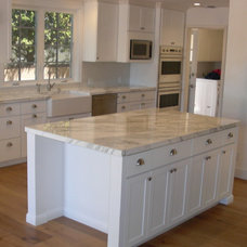 Traditional Kitchen by Peak Construction & Design, Inc.