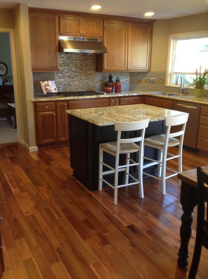 Traditional Kitchen by Area Floors