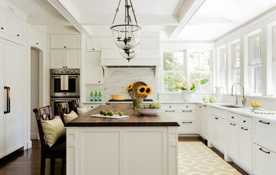 9 Tips for Creating an Inviting White Kitchen