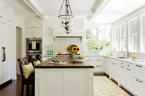 Traditional Kitchen by Leah Ward Interiors