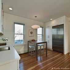 Midcentury Kitchen by Divine Design+Build