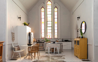 Houzz Tour: The Gospel of an 1877 Chapel Conversion