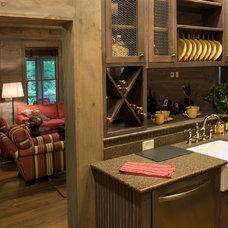 Craftsman Kitchen by Pine Mountain Builders, LLC