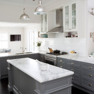 Transitional l-shaped eat-in kitchen in Brisbane with a double-bowl sink, shaker cabinets, grey cabinets, marble benchtops, white splashback, stainless steel appliances, dark hardwood floors and an island.