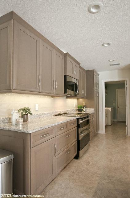 Modern Kitchen by Zelmar Kitchen Designs & More, LLC