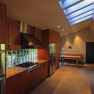 Modern kitchen designs - Kitchen - modern kitchen idea in San Francisco