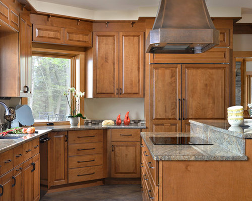 Example Of A Classic Kitchen Design In New York With An Undermount Sink  Raised Save Photo