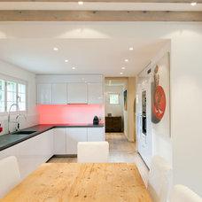 Contemporary Kitchen by Ardesia Design