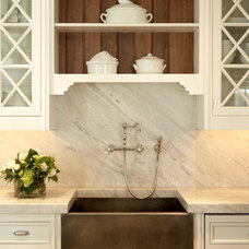 Traditional Kitchen by Shor Home