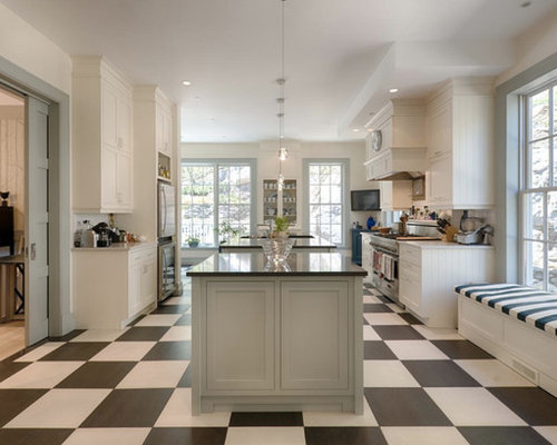 Craftsman Montreal Kitchen Design Ideas & Remodel Pictures | Houzz