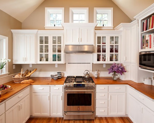 Superb Inspiration For A Mid Sized Timeless U Shaped Enclosed Kitchen Remodel In  Portland With Part 14