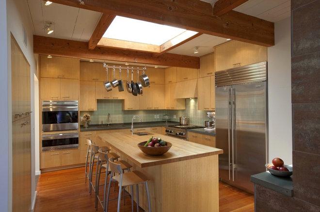 Midcentury Kitchen by Hammer Architects