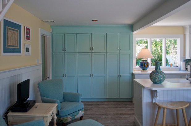 Interior How To Clean Your Kitchen Cabinets how to clean kitchen cabinets houzz beach style by pnb interior design inc