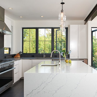 Gray Countertops Clear All Contemporary Eat In Kitchen Designs L Shaped
