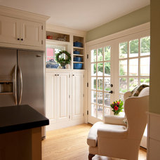Traditional Kitchen by Cummings Architects