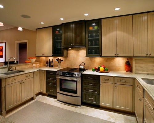 Beadboard cabinets houzz for Beadboard kitchen cabinets