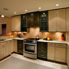 Traditional Kitchen by Michael Abrams Limited