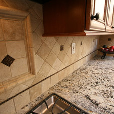 Traditional  by cab-i-net Design & Remodel Specialists