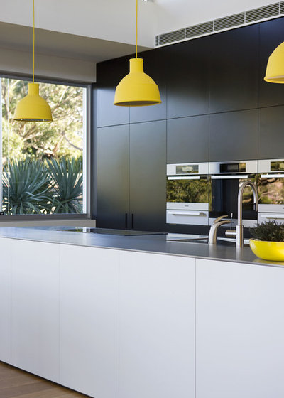 Contemporary Kitchen by Watershed Design