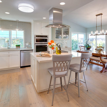 Carlsbad Beach Cottage Contemporary