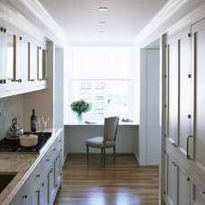 Traditional Kitchen by Incorporated