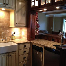 Traditional Kitchen by Carol Raley Interiors