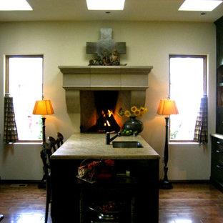 Eclectic kitchen ideas - Kitchen - eclectic kitchen idea in Portland