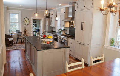 New and Old Mix It Up in a Historic Farmhouse Kitchen