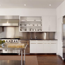 modern kitchen by Cary Bernstein Architect